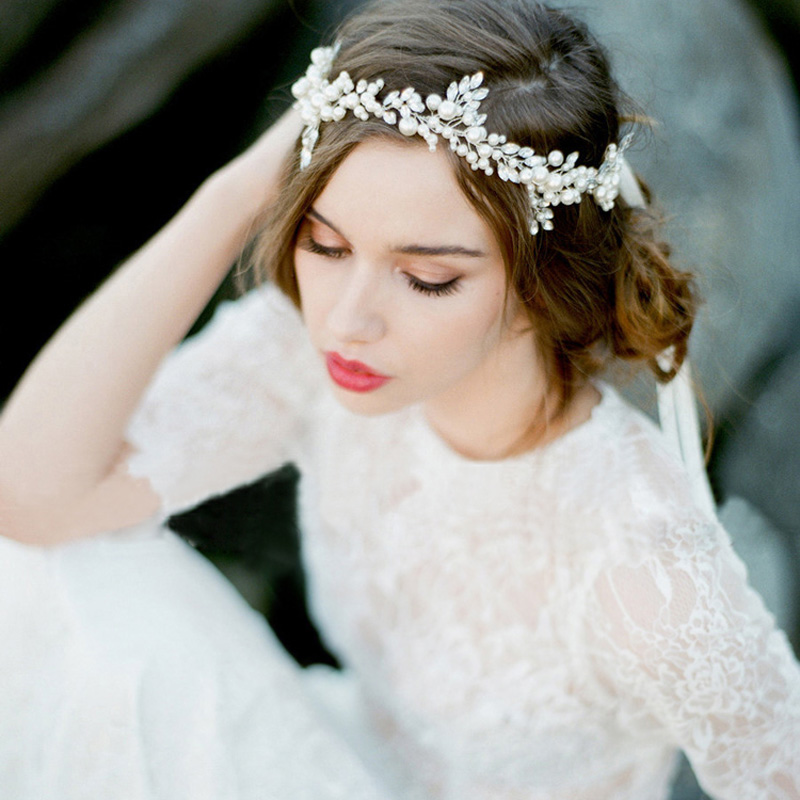 TUANMING Fashion Handmade Silver Pearl Headband Leaf Headpiece Bridal Crystal Tiara Wedding Hair Accessories Women Hair Jewelry