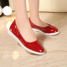 Spring New Comfortable Ladies Flats Shinny Patent Leather Upper High Quality Women Slip On Driving Loafers Shoes Red Black White
