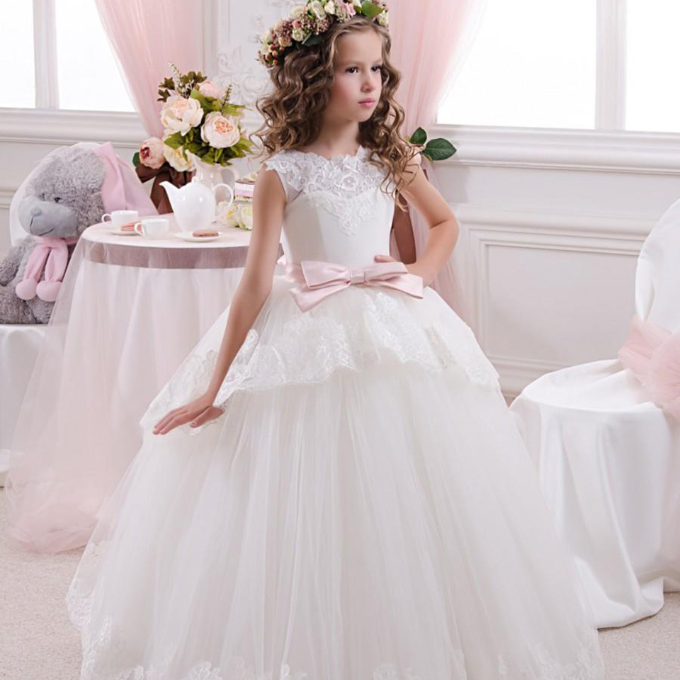 New vestidos primera sleeveless Lace Up  First Communion Dresses  Bow Mesh Fashionable Open V-back Ball Gowns Little Girls 2016 black sequins embellished open back lace up top