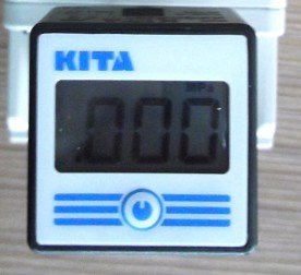 KITA  digital pressure switch KP60P-F1 Use button battery CR2032 new and original dpa01m p delta pressure switch pressure gauge switch digital display pressure sensor