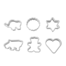 6 Pcs/set Plastic Cartoon Animal Cookie Sugar Crafts Mold Pineapple Cake Kitchen Baking Mould Cookie Stamps Cake Fondant Cutter kitchen plastic pineapple style bread mold coffee