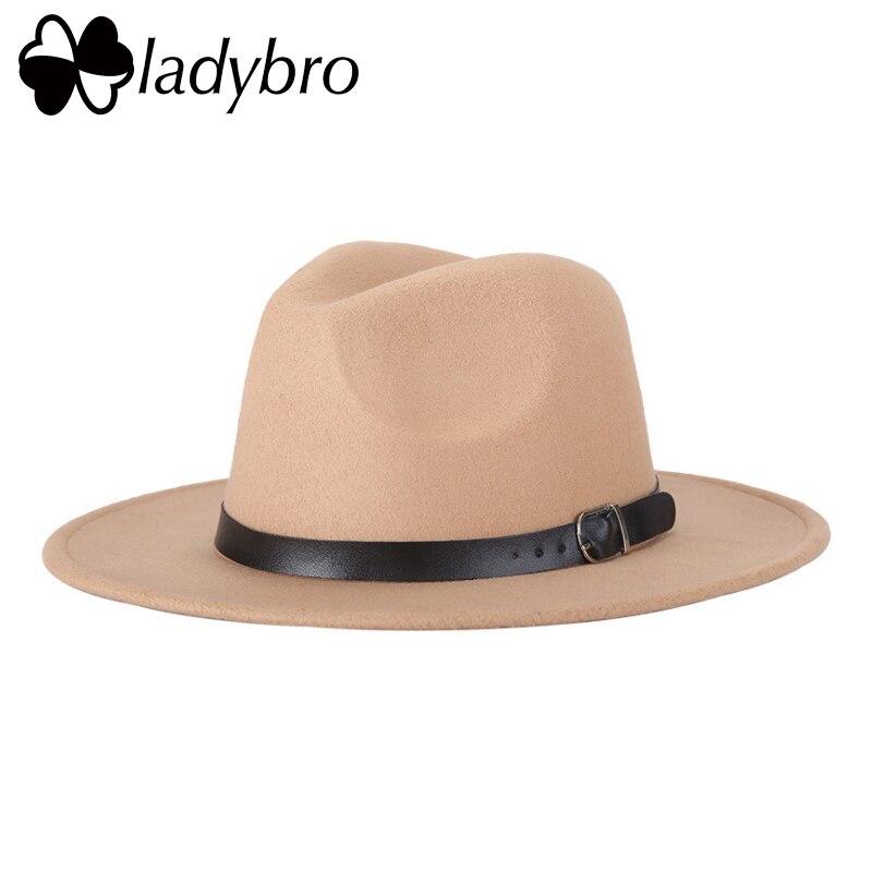 Gorro de lana de imitación para mujer sombrero Fedora para hombres sombrero  de ala ancha Otoño Invierno Sombreros Jazz gorra hombre cinturón Panamá  sombrero ... 8699acbb6963