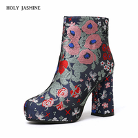 Fashion 2018 Women Boots Winter Warm High Heels Ankle Boots Woman Embroider Flower Women Shoes Round Toe Short Single Shoes Size