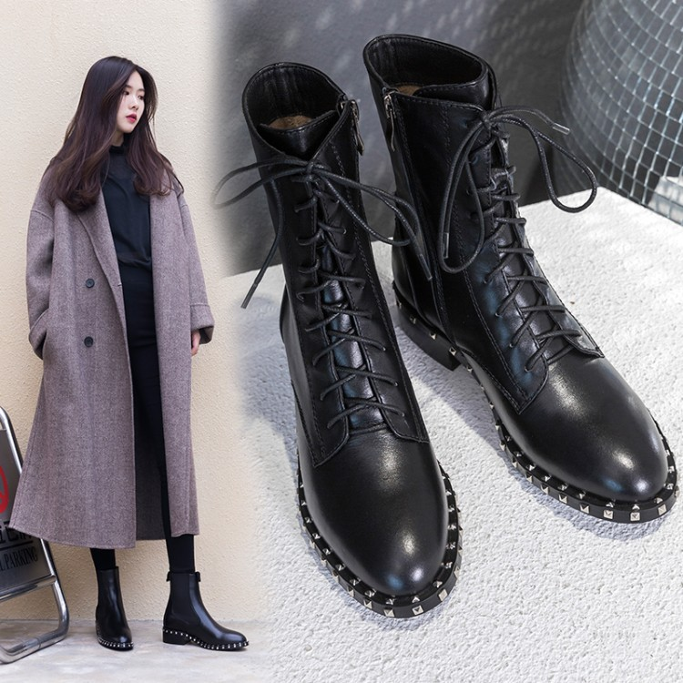 2018 autumn and winter new European and American leather Martin boots women's booties rivet thick with leather boots round head цена 2017