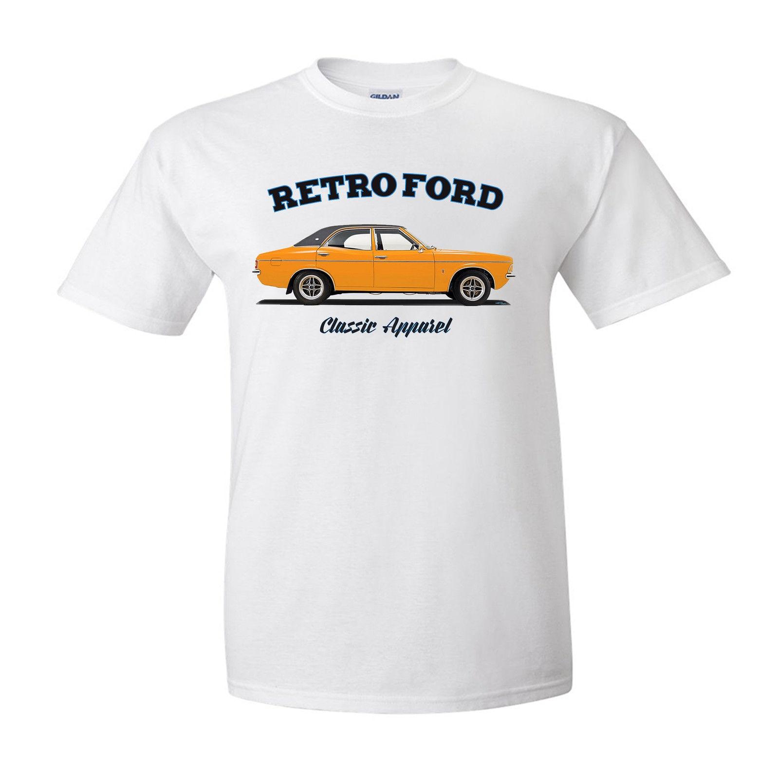 MARK 3 CLASSIC CAR. RETRO FORD MODIFIED FORD CORTINA MK3 t-shirt