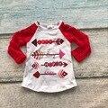 Новорожденных девочек одежда реглан топы V-day реглан девушки красные кружевные рукава регланы Осень топ девушки день Святого Валентина обледенения регланы футболка