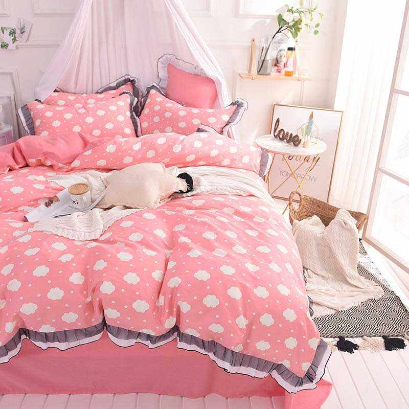 Hot sale 100%cotton White and Black lace Sexy Love Flower element Bedding Set Printed Bedspread Bed Sheet 4Pcs Queen Double Size