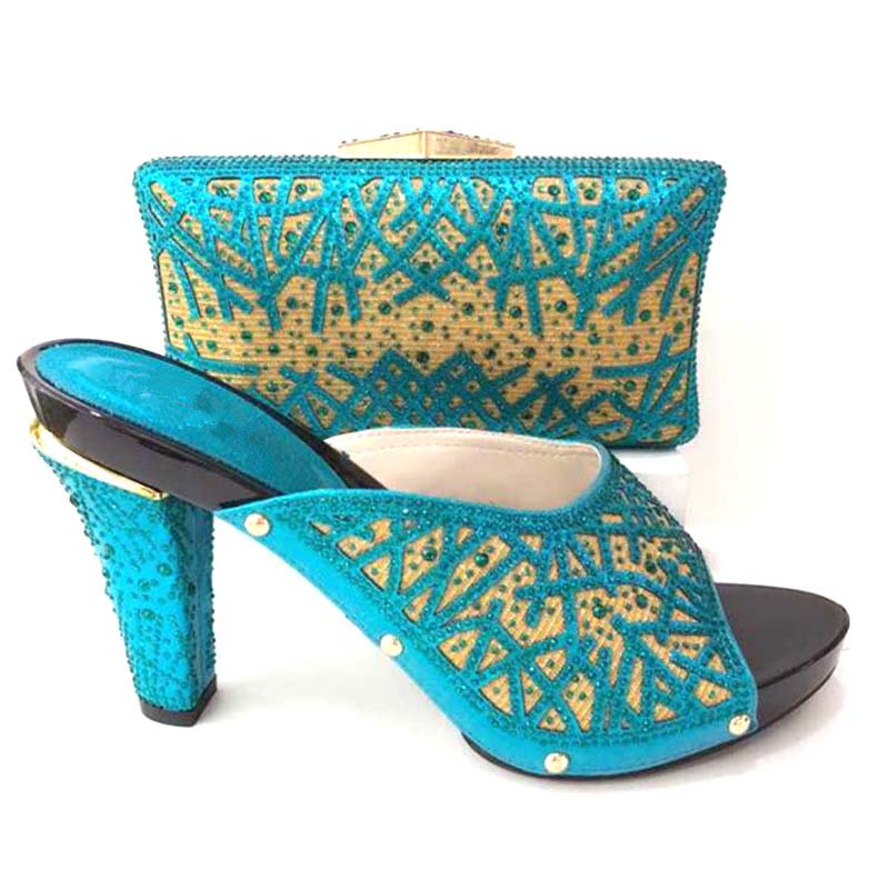 506-1 Women Italian Shoes And Bags To Match Shoes With Bag Set Sky Blue Rhinestone Wedding Shoe And Bag Set For Party In Female hot artist nigeria style shoes and bags set for party in women italian rhinestone woman pumps shoes and bag set for party bl735c
