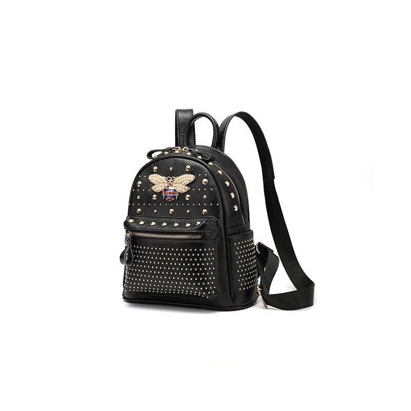 2018 Fashion Women Genuine Soft Leather Backpacks Rivet Schoolbags for Teenage Girls Female Bagpack Lady Small Travel Backpack