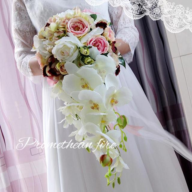 a64991e3f34 New 2017 Beauty Waterfall Bridal Bouquest Royal Wedding Bouquet For Brides  Flower Drop Shaped Bridal Artificial Holding Flowers