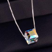 New Design Small Pendant Necklace Silver Luxury Austrian Crystal Cube Pendant Necklace Fashion Jewelry Hot Sale