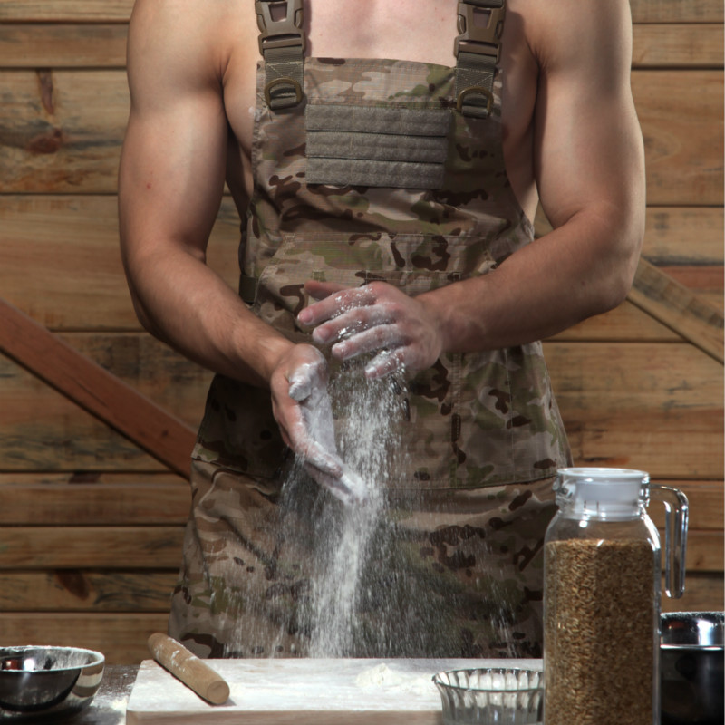 Outdoor Camping Picnic Gear Anti Dirty Camouflage Tactical Apron Men Women Hunting Wearproof Sleeveless Tactical Vest Aprons
