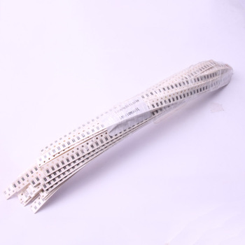 Glyduino 2000PCS About 40 Kinds of 1206 SMD Chip Resistors Szie 0 - 10M ohm Each 50PCS for Arduino image