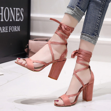 Summer new Roman style cross straps thick with sandals wild small fresh high heels. 4