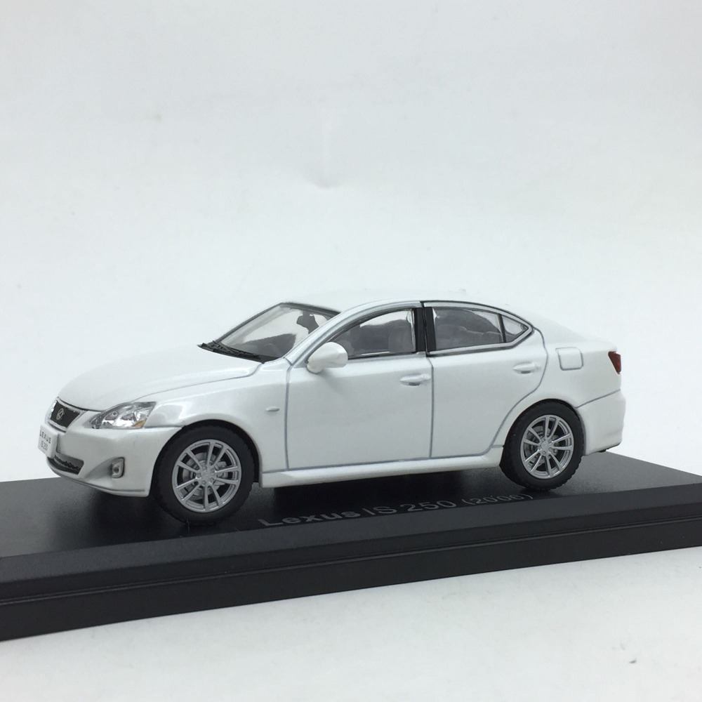 1:43 Advanced Alloy Car Models,high Simulation Lexus IS 250 2006,metal Diecasts,toy Vehicles,free Shipping