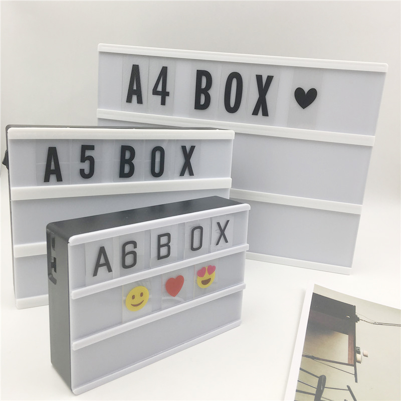 Grote verkoop A4 A5 A6-formaat Cinema Lightbox Night Lamp Power door AA-batterij of USB-kabel met 90 PCS symbolen Letters Card DIY lichten