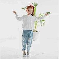 MUQGEW Spodnie Jeansowe Dla Dzieci Girls & Boys Nowe Mody Dzieci Dżinsy Wiosna Dzieci Bawełniane Soild Ripped Spodnie Luźne Dżinsy Dla Dzieci jeansy 2-9Y