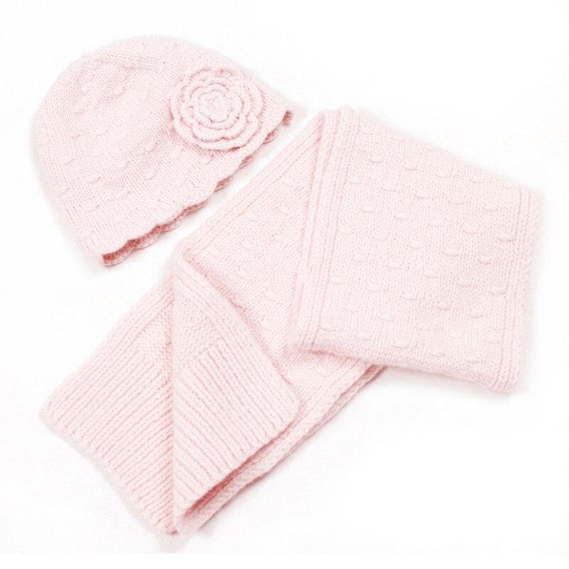 100% fait à la main chèvre cachemire tricot enfants casquette écharpe ensemble enfants hiver floral torsadé 2 pièces 18x150 cm détail en gros personnaliser