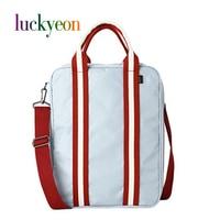 Korea Style Waterproof Fashion Messenger Bag Women Man Luggage Storage Business Travel Bags Unisex