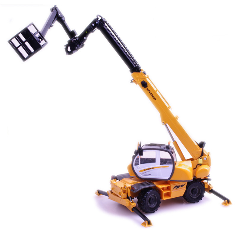 цена KAIDIWEI 1:50 Alloy Truck Model Multifunctional Crane Truck Toys For Children Christmas Gifts