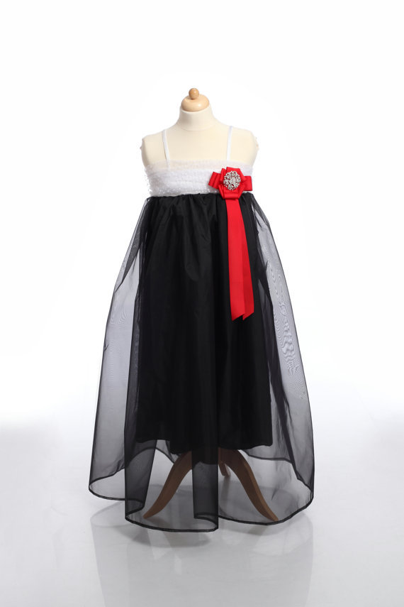 ФОТО Children Clothing, Party Girl Dress, Black and White Toddler Dress with Brooch and Red ribbon, little black dress