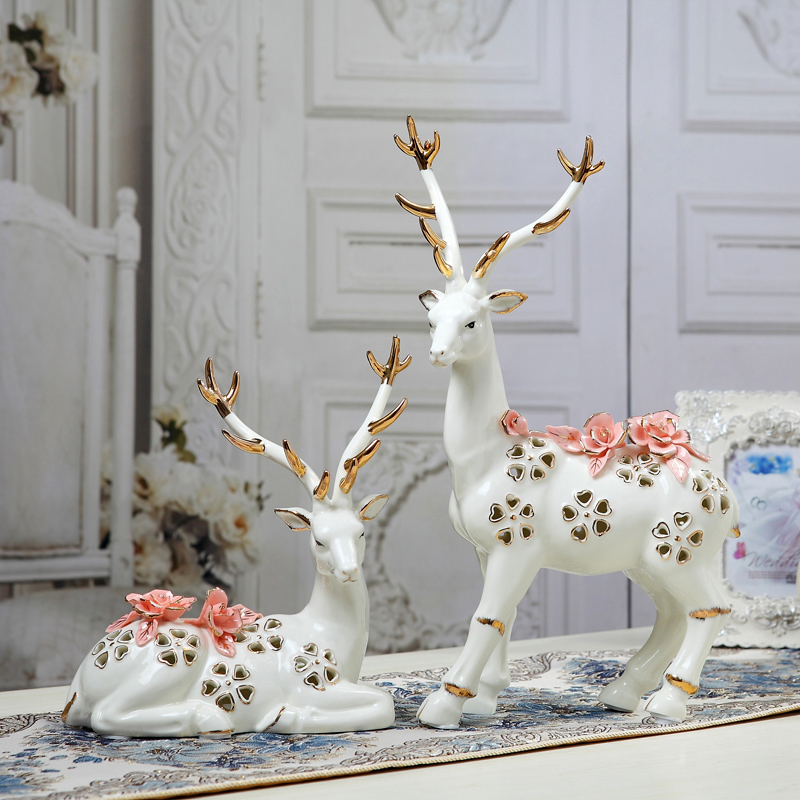 Jingdezhen home furnishings Decoration ceramic couple sika deer creative art TV cabinet Chuanguo wine cabinet displayJingdezhen home furnishings Decoration ceramic couple sika deer creative art TV cabinet Chuanguo wine cabinet display