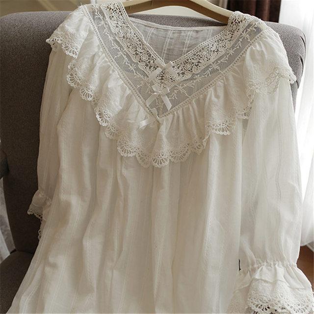 Kobiet w stylu Vintage Gothic wiktoriański sukienka wieczorowa białe bawełniane Flare rękaw, dekolt V koronki zdobione Hem wzburzyć jesień koszula nocna T29