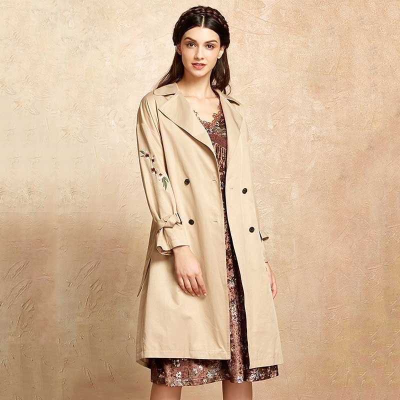 CLEARANCE ARTKA 2018 Autumn New Women Embroidered Double-breasted Straps Vintage Elegant Khaki   Trench   Female WA10078Q