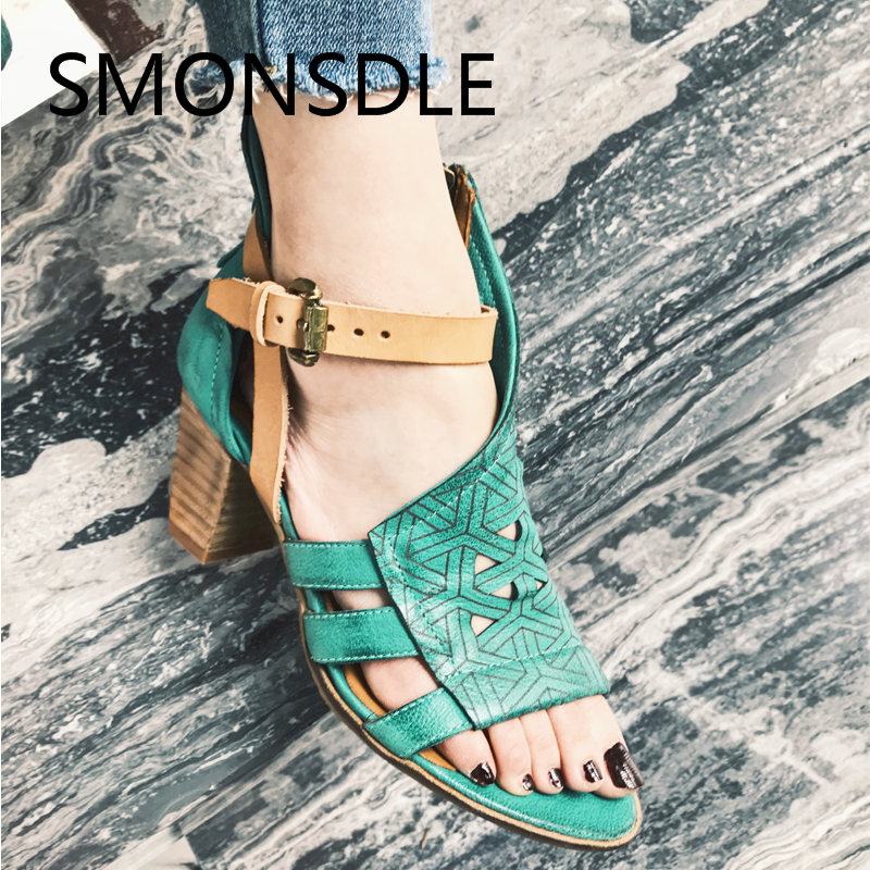 2018 сезон: весна–лето женские сандалии гладиаторы зеленый Повседневное из натуральной кожи не сужающийся к низу каблук Женская обувь пикантные сандалии на полой подошве обувь женщина