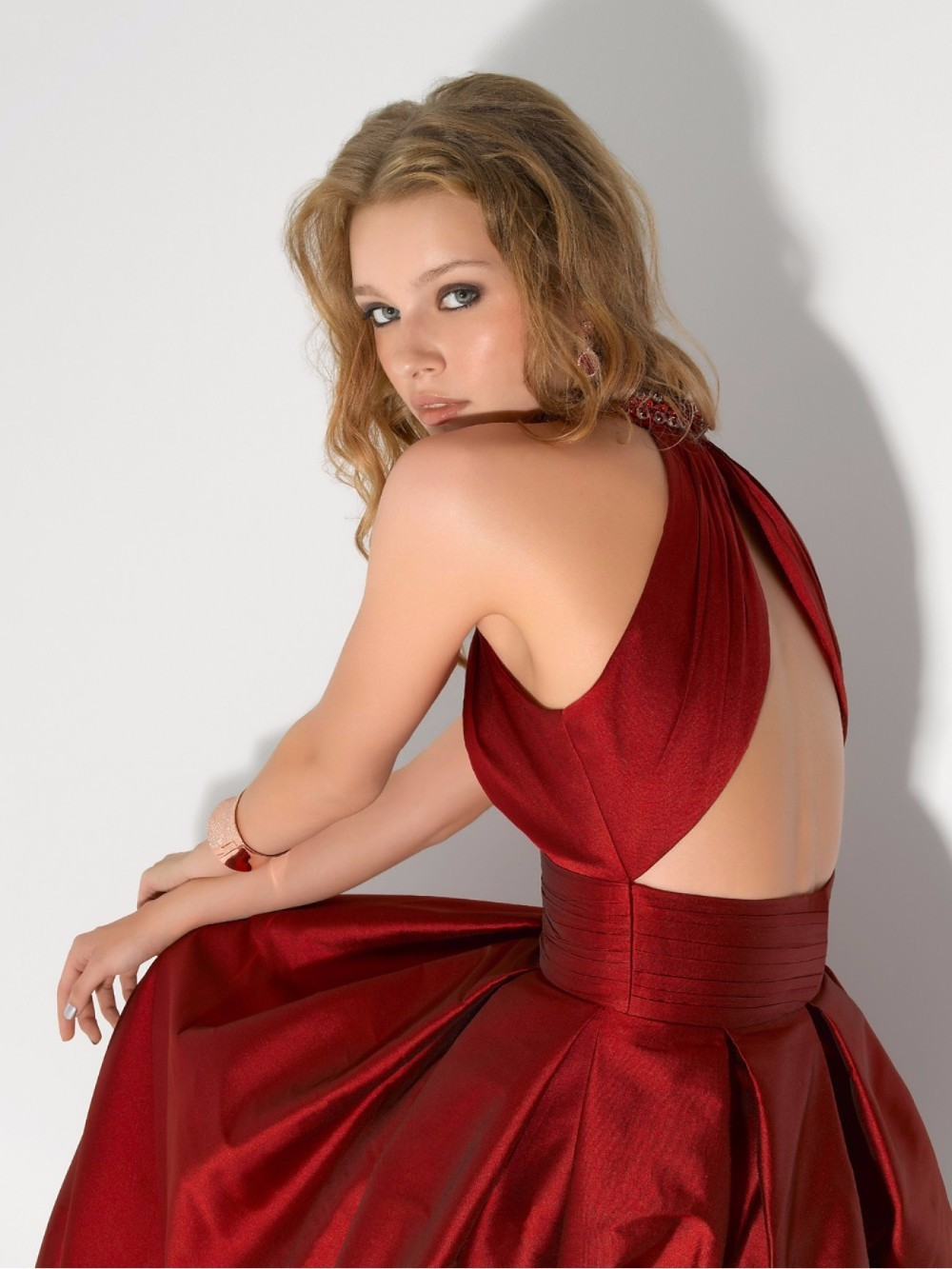 Long-Red-Evening-Dress-2015-Formal-Dresses-Off-the-Shoulder-A-line-Red-Satin-Evening-Dress