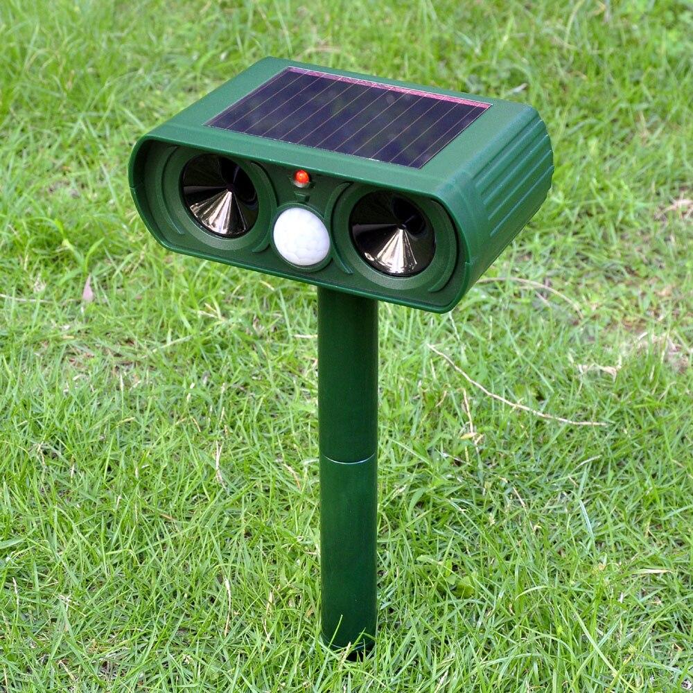 Solar ultrasonic dog repeller Infrared sensor Outdoor Garden Waterproof Frighten cat Mouse dog Animal Repeller dog equipment