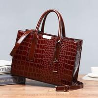 2019 Crocodile Women Tote Real Patent Leather Handbag Luxury Designer Ladies Alligator bags Retro Shoulder Purse pattern C824