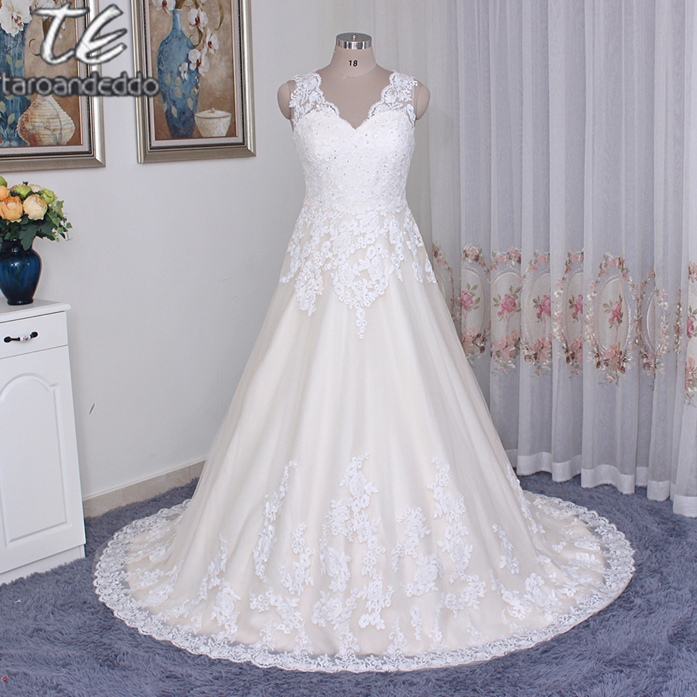 Robes de bal dentelle et Tulle grande taille robe de mariée 9WG3850 col en v dentelle appliques cristaux Champagne robes de mariée avec couleur