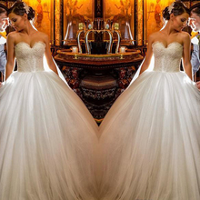 2017 Charming Ball Gowns Wedding Dresses Princess Lace Appliqued Beaded Women Wedding Gowns Off-White Custom Made  Tulle  Bridal