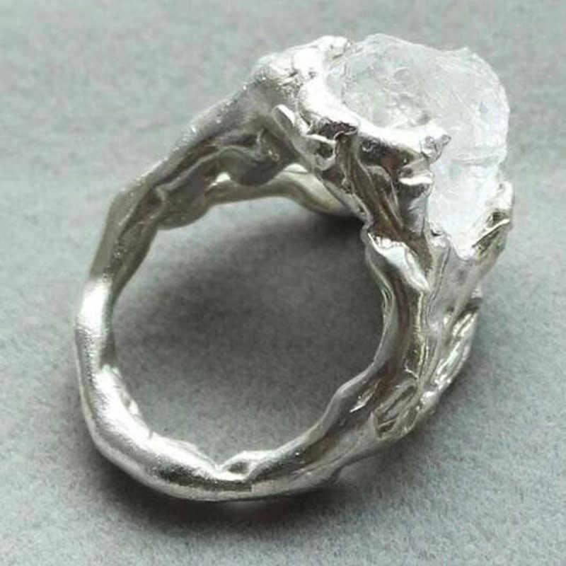 Modyle แฟชั่นสีดำและสีขาว Hip Hop Cool แหวนผู้หญิง Big ไม่สม่ำเสมอคริสตัล Paw แหวน Dropshipping