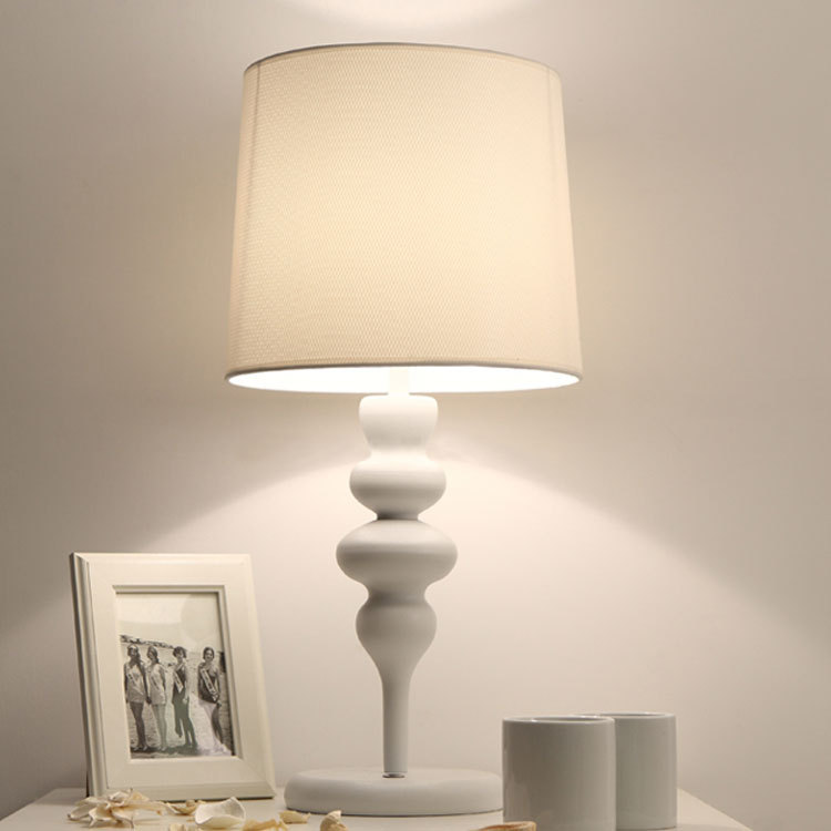 Туда 29X60 см 3 Вт светодиодный настольная лампа Европейский Стиль Утюг настольная лампа современная мода простой Гостиная исследование спал...
