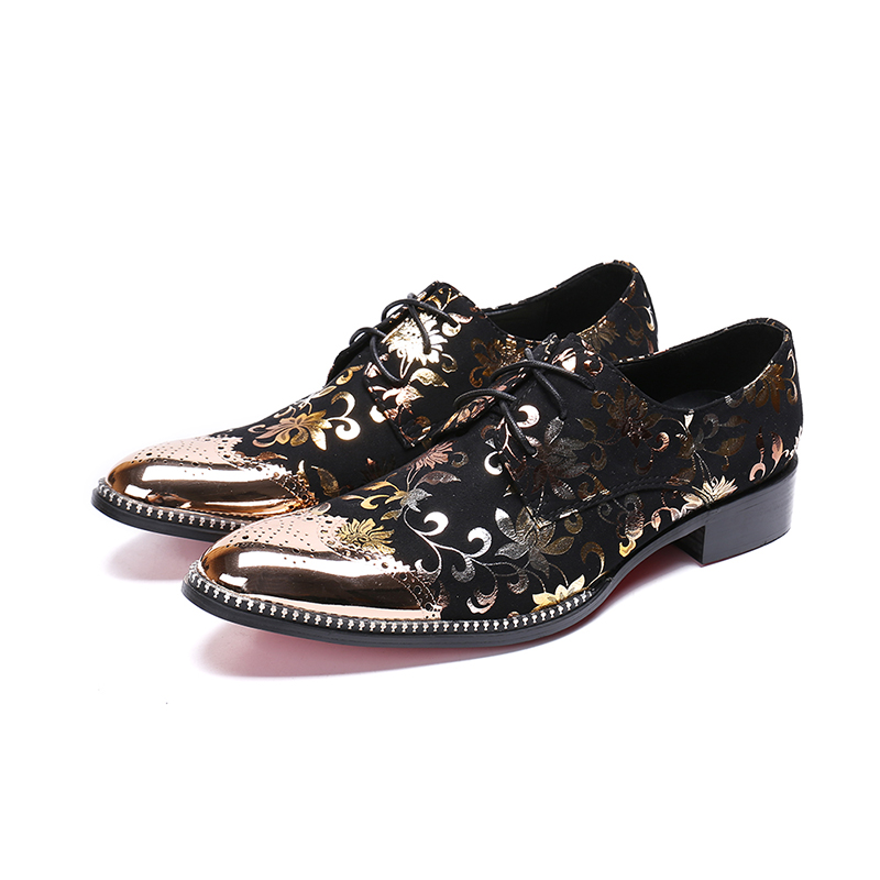 Fashion men Golden toe flowers business dress shoes Buckle pointed toe carved Bullock oxford for men falt party wedding shoesFashion men Golden toe flowers business dress shoes Buckle pointed toe carved Bullock oxford for men falt party wedding shoes