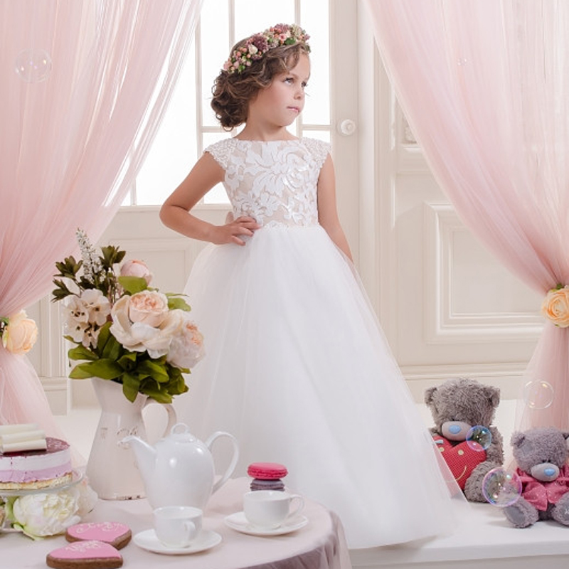 Vintage Lace Flower Girl Dresses Bow Sash Sleeveless Patchwork O-Neck Ball Gown Girls Communion Dress Vestidos De Comunion Hot 2018 purple v neck bow pearls flower lace baby girls dresses for wedding beading sash first communion dress girl prom party gown