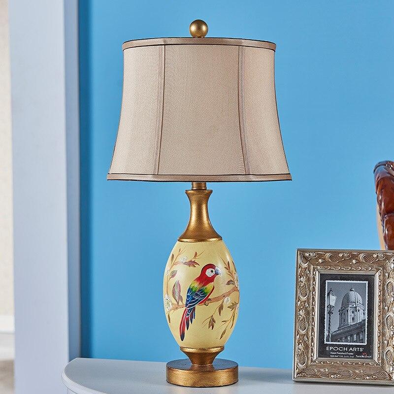 Туда Бесплатная доставка живопись смолы настольная лампа творческая личность настольная лампа Американский Стиль украшения настольная ла...