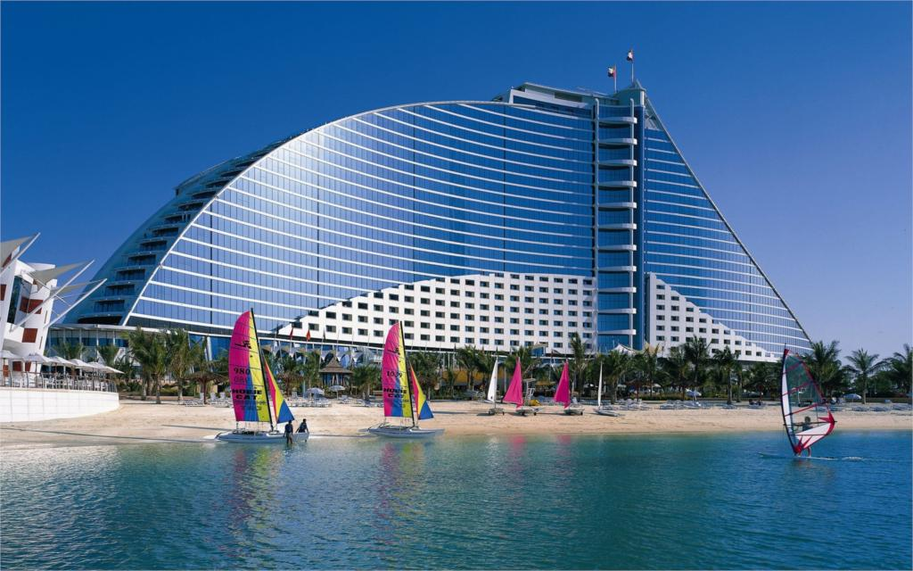 Building Jumeirah beach hotel  4 Sizes Wall Decor Canvas  Poster Print