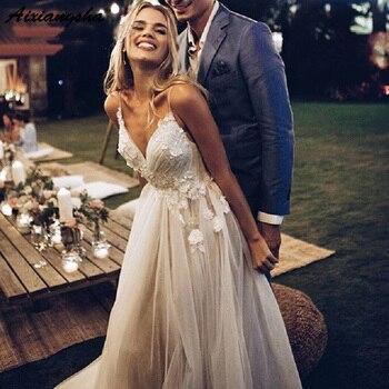 Sexy V-Neck Backless 2019 Wedding Dress Straps Vintage Ivory Lace Applique Country Wedding Gowns Beach Bride Dress vestido de no