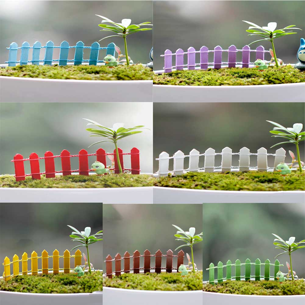 1Pcs 3*10cm Miniature Mini Wood Fence Micro Dollhouse Plant Pot Bonsai Terrarium Ornament Miniature Garden Fairy Garden Supplies