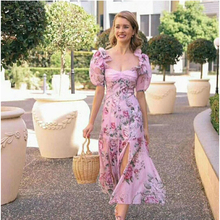 2019 夏のエレガントなパフスリーブピンクフローラルプリントロングドレス 女性の休暇ボヘミアンビーチドレスプリーツシフォンドレス