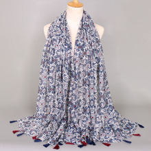 31210cbd44fc Livraison gratuite Populaire femmes châles printe souple mode musulman wrap  dames coton hijab viscose glands écharpe foulards 5 .