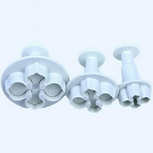 Image 3 - 3Pcs/Set  Hydrangea Fondant Cake Decorating SugarCraft Plunger Cutter Flower Blossom Mold Home Cake tools Drop Shipping