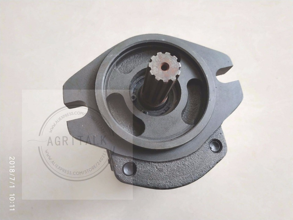 Foton Lovol tractor parts, the hydraulic steering pump, part number: TD9540.511A foton lovol tractor ft244 304 the motor for whipper assembly not included the whipper part number