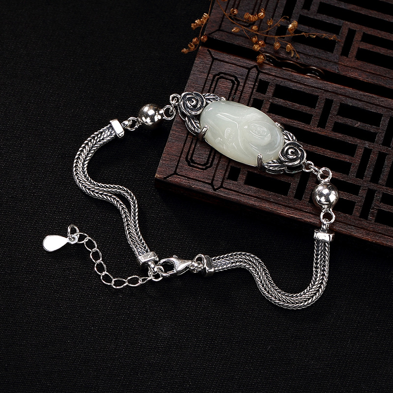 2018 New silver S925 pure silver natural Hetian jade white jade mosaic Rose Rose classic lady silver bracelet wholesale new fashion silver s925 pure silver natural hetian jade jade bead beeswax mosaic peony lady eardrop earrings wholesale