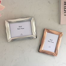 European simple metal material 5 inch 6 7 frame wedding home decoration