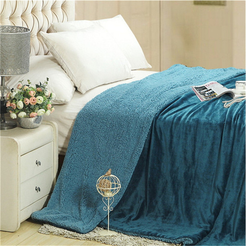 2017 Solid Soft Winter Blankets 100% Polyester Fiber Throw Blankets Plaids 150x200cm/200x230cm Double Face Bedsheets Linens
