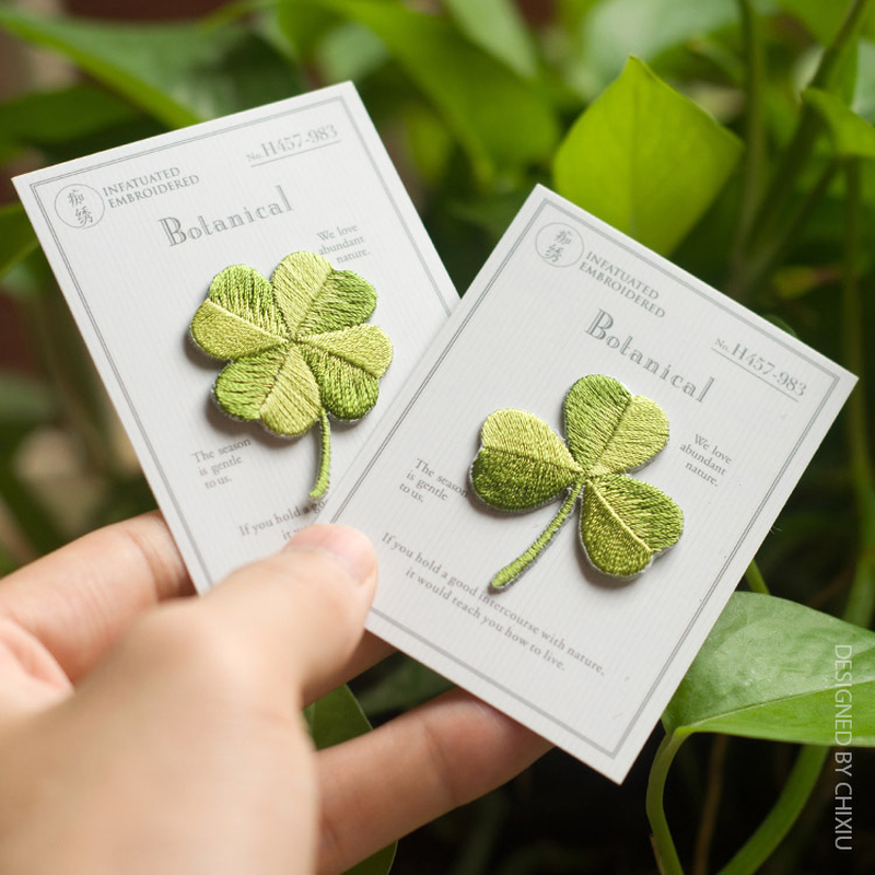 New Arrival Four-leaf Clover Patches Embroidery Applique Clothes Sewing Patch DIY Badge Patch Accessories 1pc Sell Free Shipping